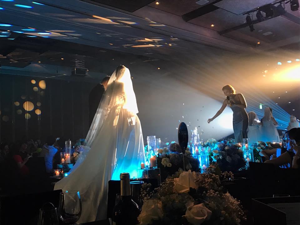 BTV Quang Minh xúc động trong lễ cưới lần hai với nhà văn trẻ 3
