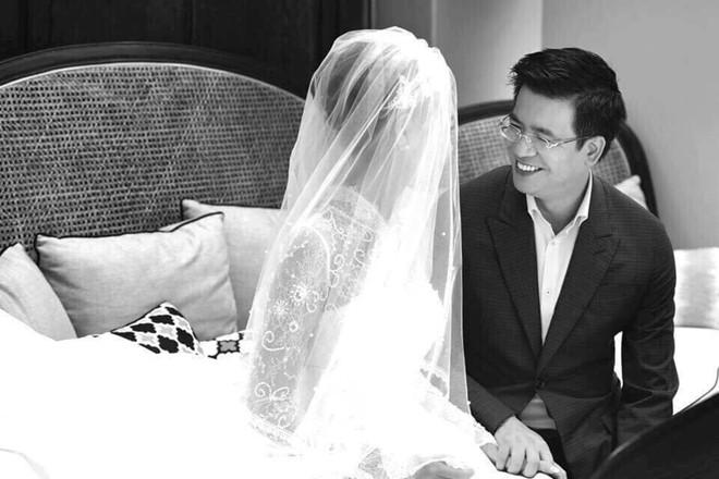 Hình ảnh Quang Minh rạng rỡ trong đám cưới với vợ kém 10 tuổi 6