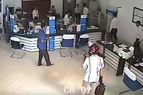 Những tình tiết bất ngờ chưa tiết lộ trong vụ cướp ngân hàng ở Vĩnh Long 1