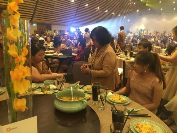 Đàm Vĩnh Hưng không chỉ tha thứ mà anh còn cầu nguyện cho mẹ trong tiệc sinh nhật 5