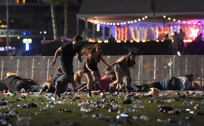 Vụ xả súng tại Las Vegas: Chi tiết đáng sợ lần đầu xuất hiện trong lịch sử 1