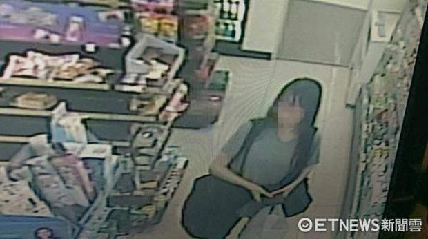 Người phụ nữ lấy trộm đồ ăn ở siêu thị không thành, 3 tháng sau thi thể được tìm thấy trong phòng vì chết đói 1