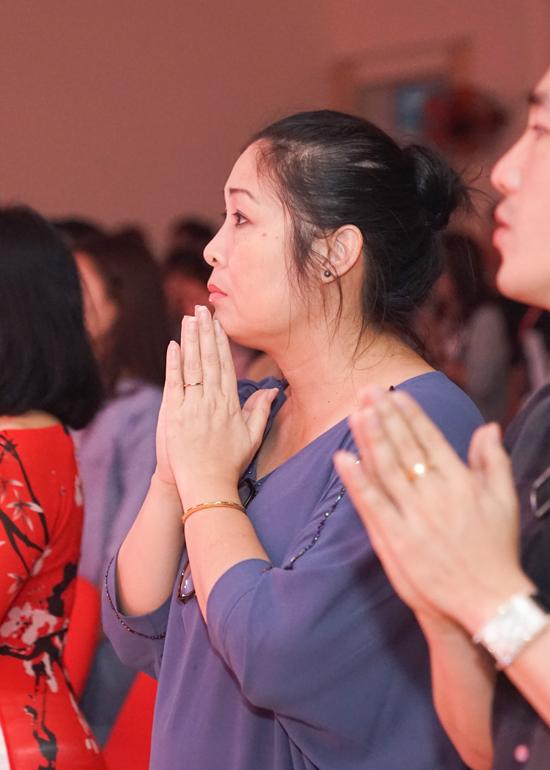 Phản ứng bất ngờ của sao Việt khi Minh Béo đến cúng tổ nghề 4