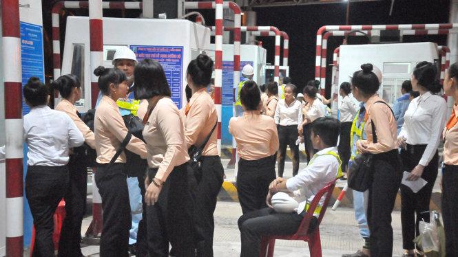 Phó Thủ tướng chỉ đạo rà soát lại vị trí đặt trạm, mức thu phí BOT 1