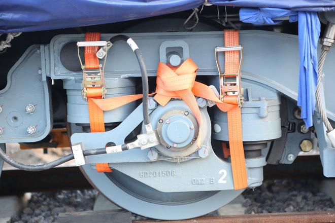 Cận cảnh hàng chục toa tàu được lắp đặt ở đường sắt Hà Đông - Cát Linh 4