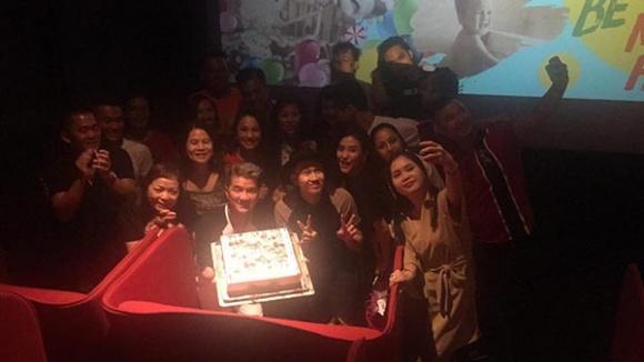 Đàm Vĩnh Hưng khoe quà sinh nhật toàn hàng hiệu đẹp -độc - lạ 10