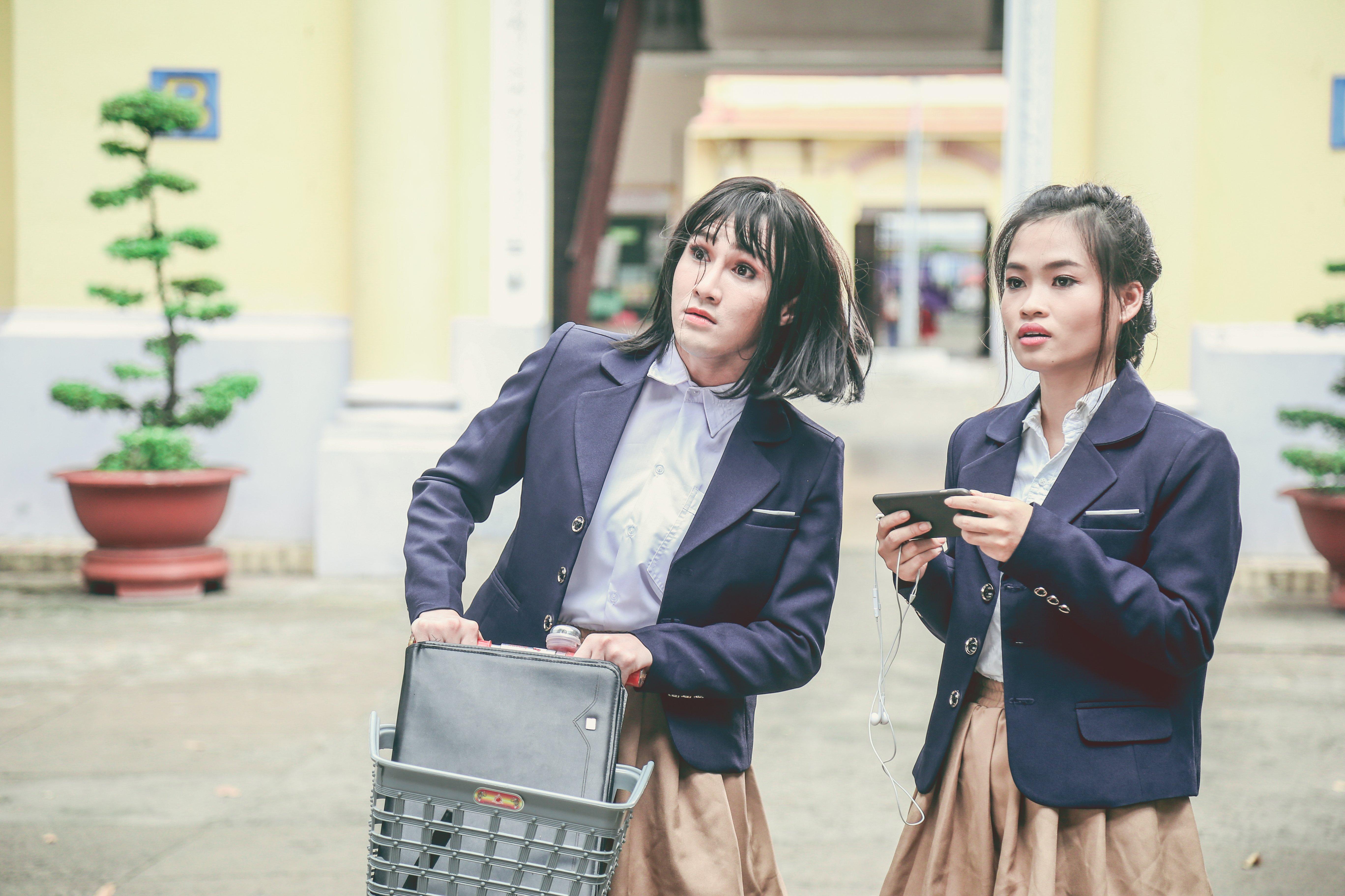 """Hình ảnh Không có hài, trailer Parody """"Em gái mưa"""" của Huỳnh Lập chỉ toàn là nước mắt? số 3"""
