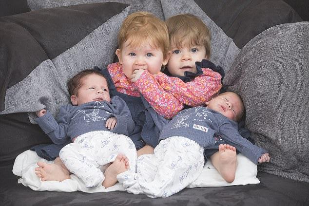 Bà mẹ sinh đôi 2 lần trong 1 năm gây bão MXH 1