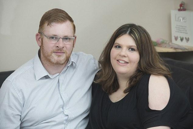 Bà mẹ sinh đôi 2 lần trong 1 năm gây bão MXH 2