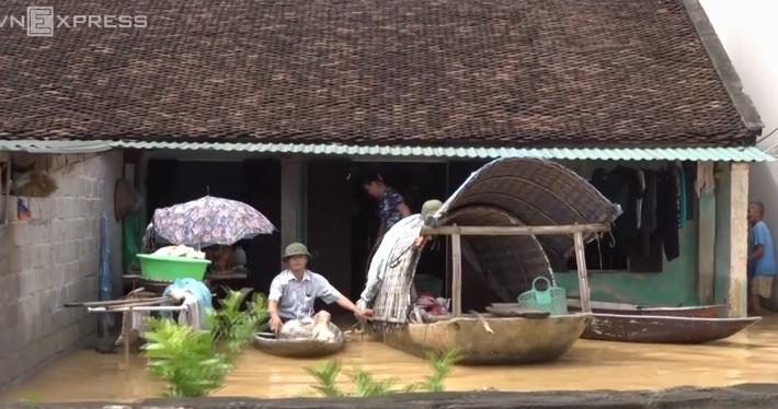 Hà Nội: Cả ngôi làng biến thành sông khi nước lũ tràn qua đê 5