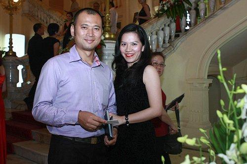 Hình ảnh Những bí mật về cuộc hôn nhân của MC Long Vũ và vợ số 1
