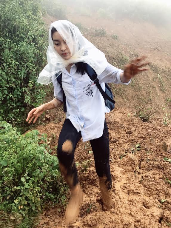 Hình ảnh Đã liên lạc được với Hoa hậu Mỹ Linh sau mưa lũ cô lập ở Yên Bái số 1