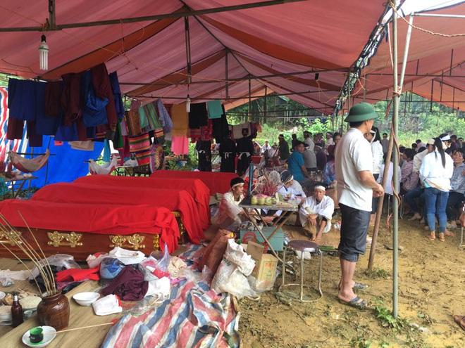 Hình ảnh Sạt lở 18 người bị vùi lấp ở Hoà Bình: Người chết cũng không có chỗ làm đám tang số 2