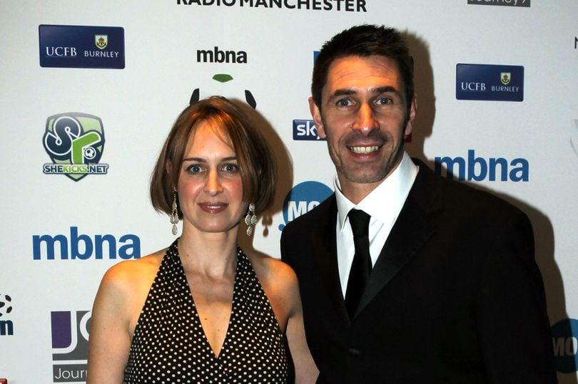 Hình ảnh Nữ nhà văn hứa khỏa thân chạy giữa đường nếu sao Man City không giật giải cầu thủ hay nhất năm số 1
