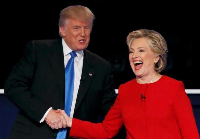 Tổng thống Donald Trump 'thách đấu' bà Clinton tái tranh cử 1