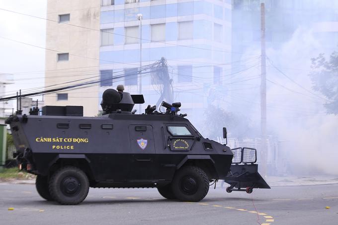 Cận cảnh dàn xe chống khủng bố của lực lượng đặc nhiệm bảo vệ APEC  4