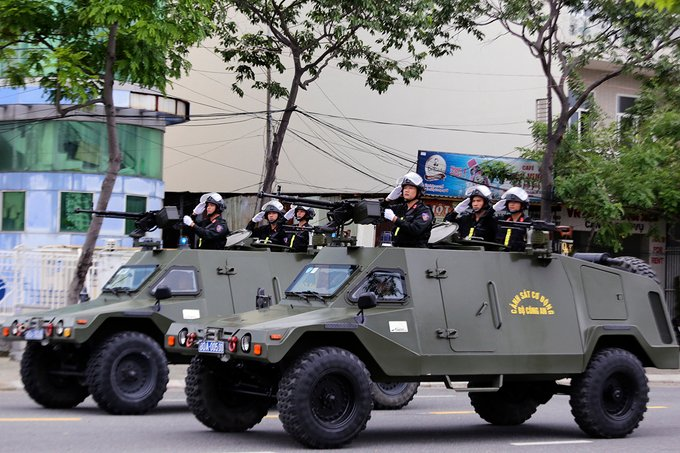 Cận cảnh dàn xe chống khủng bố của lực lượng đặc nhiệm bảo vệ APEC  5