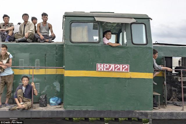 Lộ ảnh hiếm về quân đội Triều Tiên khiến nhiều người bất ngờ 9