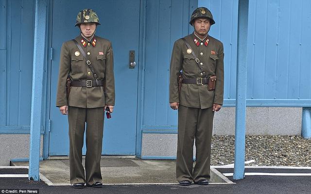 Lộ ảnh hiếm về quân đội Triều Tiên khiến nhiều người bất ngờ 16