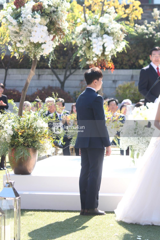 Độc quyền từ Hàn Quốc: Cận cảnh đẳng cấp siêu hoành tráng của lễ đường đám cưới Song Joong Ki và Song Hye Kyo 17
