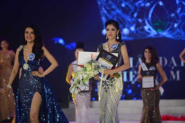 Nhan sắc gây tranh cãi của Tân Hoa hậu Đại dương 2017  2