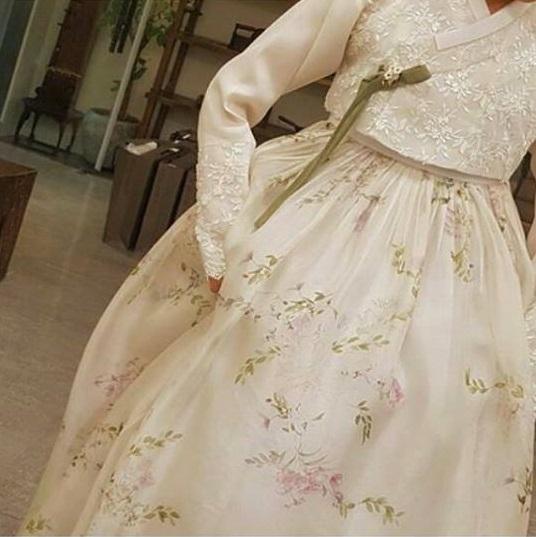 Hình ảnh Siêu đám cưới Song Hye Kyo - Song Joong Ki: Cô dâu chú rể lộ diện, khách mời nổi tiếng xuất hiện số 4