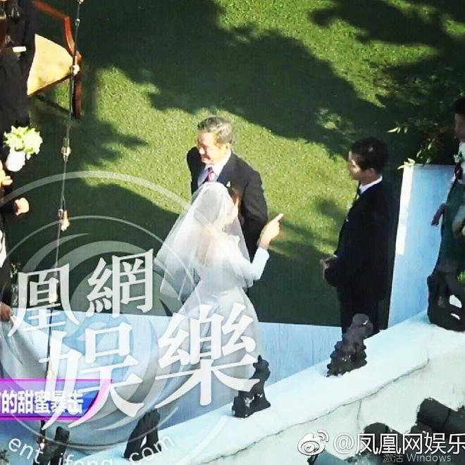 Hình ảnh Siêu đám cưới Song Hye Kyo - Song Joong Ki: Cô dâu chú rể lộ diện, khách mời nổi tiếng xuất hiện số 6