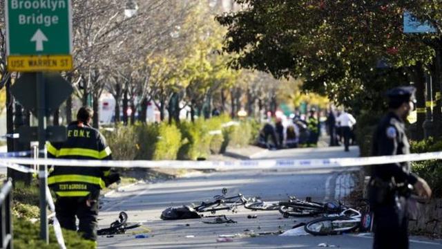 Nóng: Khủng bố đẫm máu ở New York, ít nhất 8 người thiệt mạng 1