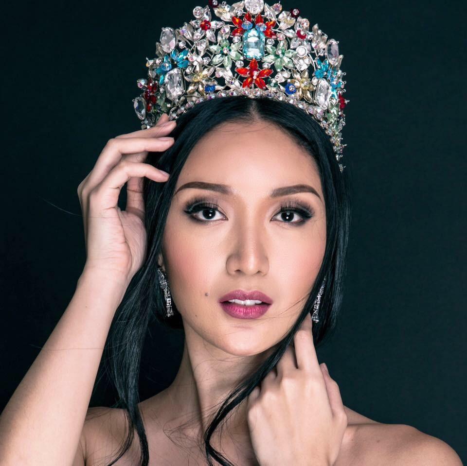 Sự chênh lệch nhan sắc của Hoa hậu Trái đất trước và sau photoshop: Cứ như ảnh avatar facebook và ảnh bị tag vào! 5