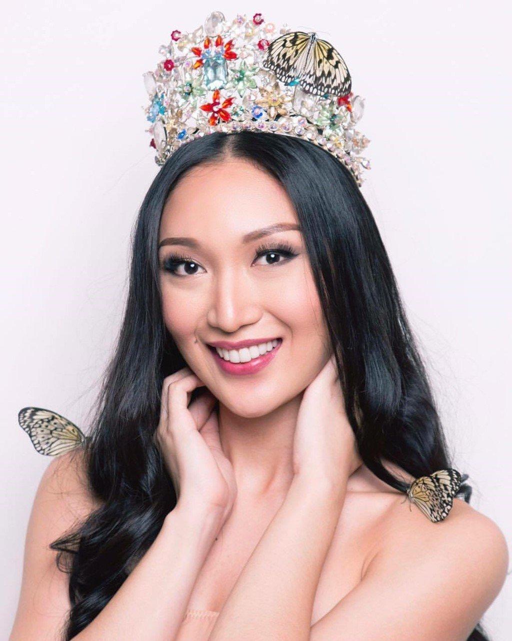 Sự chênh lệch nhan sắc của Hoa hậu Trái đất trước và sau photoshop: Cứ như ảnh avatar facebook và ảnh bị tag vào! 11