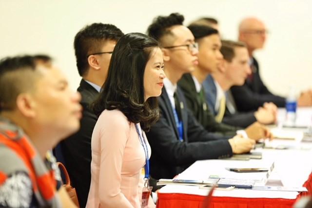 Những  đại biểu xinh đẹp hút hồn tại  APEC 2017 7
