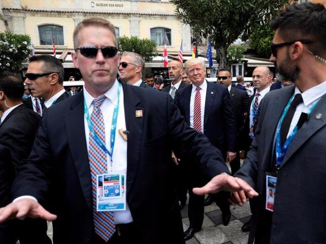 Hình ảnh Khám phá ba lớp rào an ninh bảo vệ Tổng thống Trump công du châu Á số 2