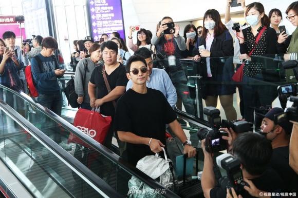 Bi Rain lần đầu xa con gái mới sinh khi tới Đài Loan ghi hình 6