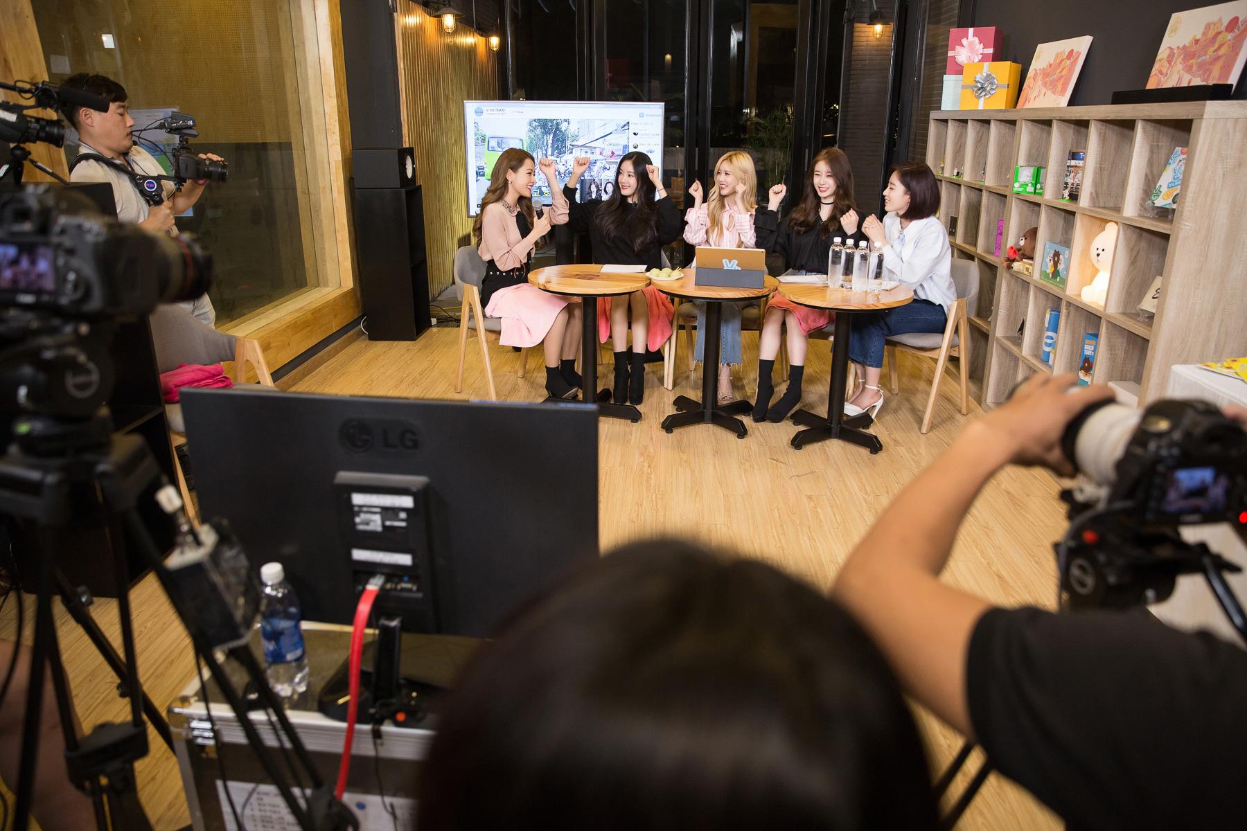 Chi Pu hát tiếng Hàn và phản ứng bất ngờ từ T-Ara 1