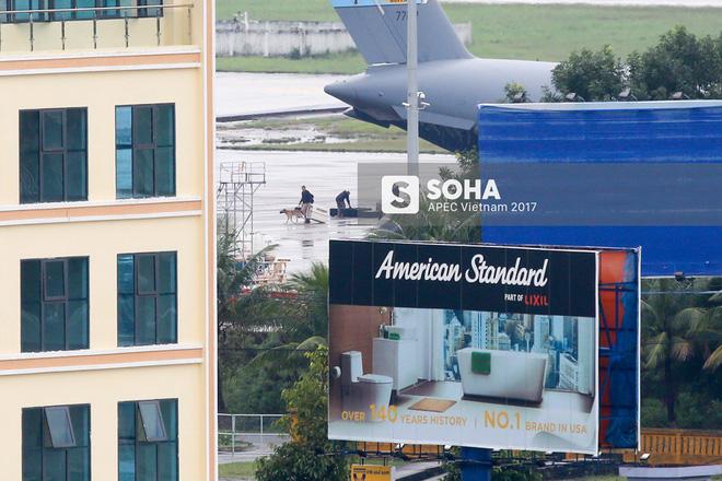 Đặc vụ Mỹ vừa xuống sân bay Đà Nẵng, mang theo chó nghiệp vụ và thiết bị chuyên dụng 3