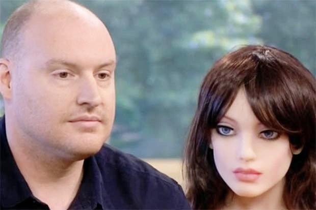 Robot tình dục Samantha tạo địa chấn ở Xứ Wales: Cung sợ không đáp ứng nổi cầu! - Ảnh 2.