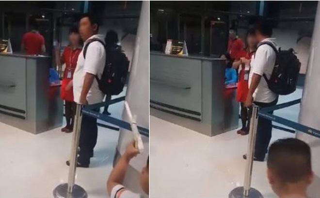 Nữ nhân viên Vietjet xé máy bay của khách bị kỷ luật 1