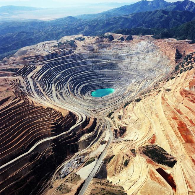 Gần 3 tấn kim cương đã được đào lên từ một trong những hố sâu nhất hành tinh! 3