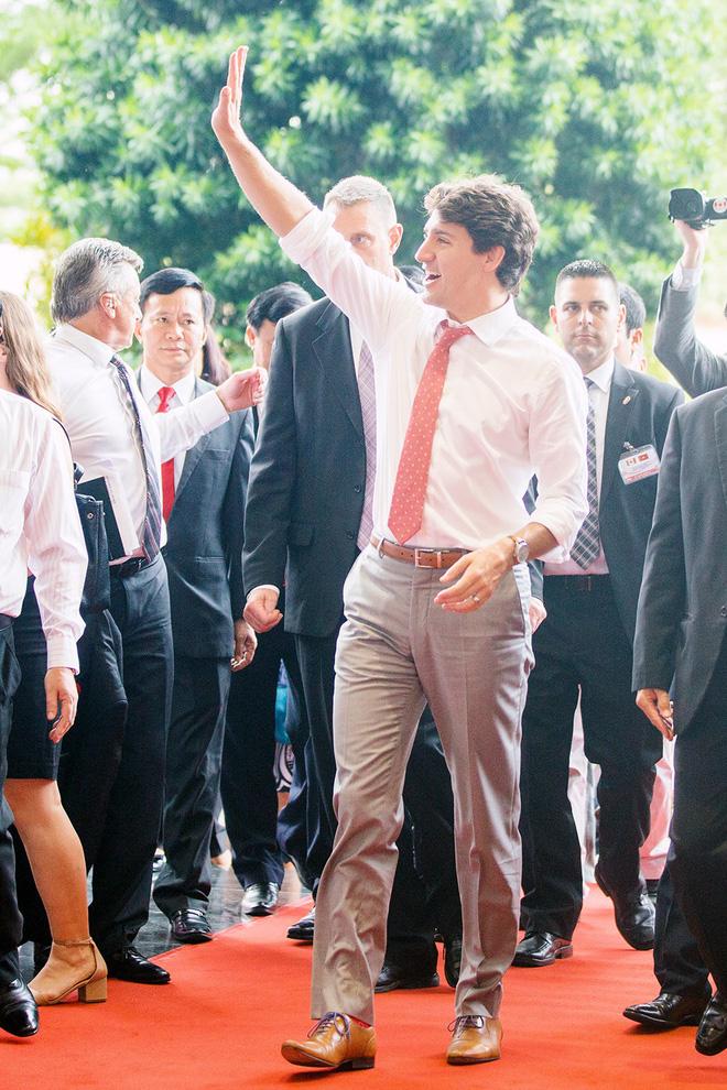 Nhìn lại những khoảnh khắc ấn tượng của Thủ tướng Canada Justin Trudeau trong 4 ngày ở Việt Nam 8