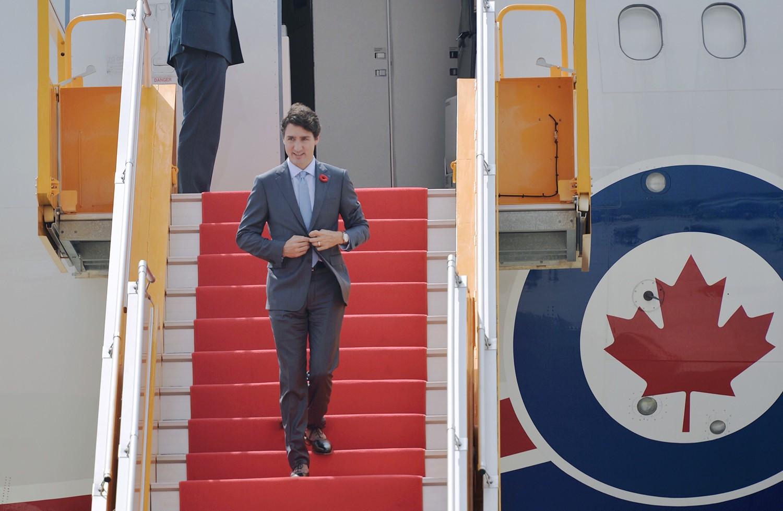 Nhìn lại những khoảnh khắc ấn tượng của Thủ tướng Canada Justin Trudeau trong 4 ngày ở Việt Nam 12