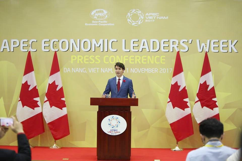 Nhìn lại những khoảnh khắc ấn tượng của Thủ tướng Canada Justin Trudeau trong 4 ngày ở Việt Nam 14