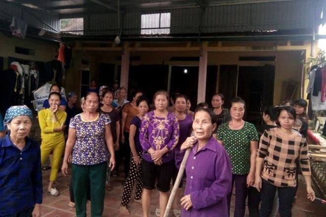 Vụ vợ cán bộ thôn nhận quà lũ lụt: Thành phố sẽ chỉ đạo xử lý nghiêm 1