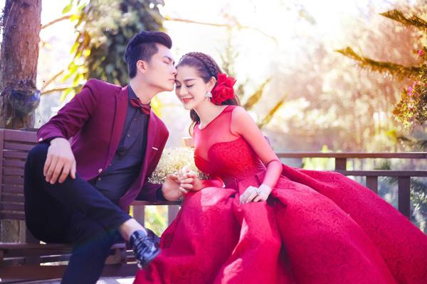 Lâm Khánh Chi và chồng sang Thái thụ tinh nhân tạo sau đám cưới 1