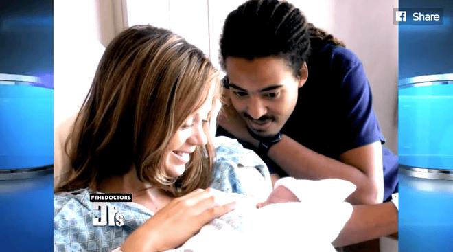 Mẹ yêu cầu siêu âm trước khi nạo hút thai và bác sĩ đã phát hiện điều kỳ diệu 2