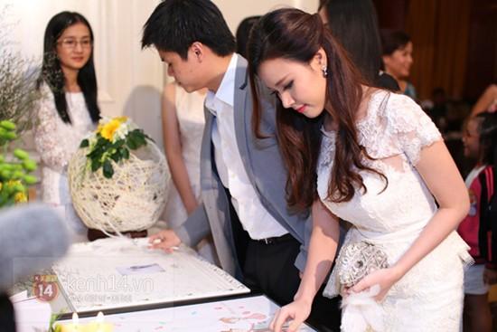 Có rất nhiều cặp đôi trong showbiz đã chia tay, sau khi cùng tham dự đám cưới này... 5