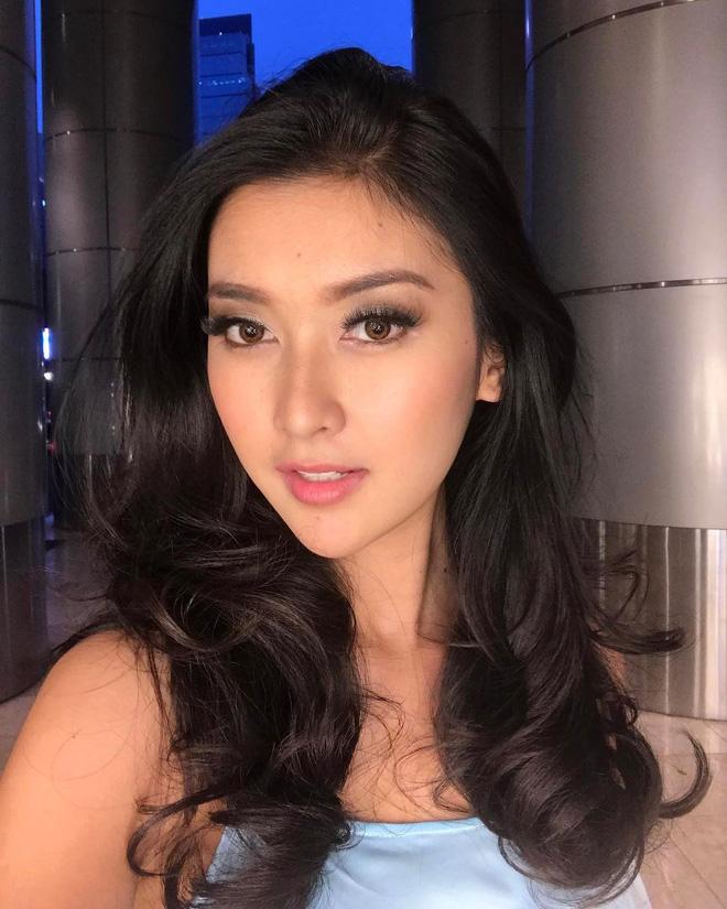 Nhan sắc xinh đẹp của đại diện Indonesia, cô gái đánh bại hơn 70 đối thủ vừa đăng quang Miss International 2017 12