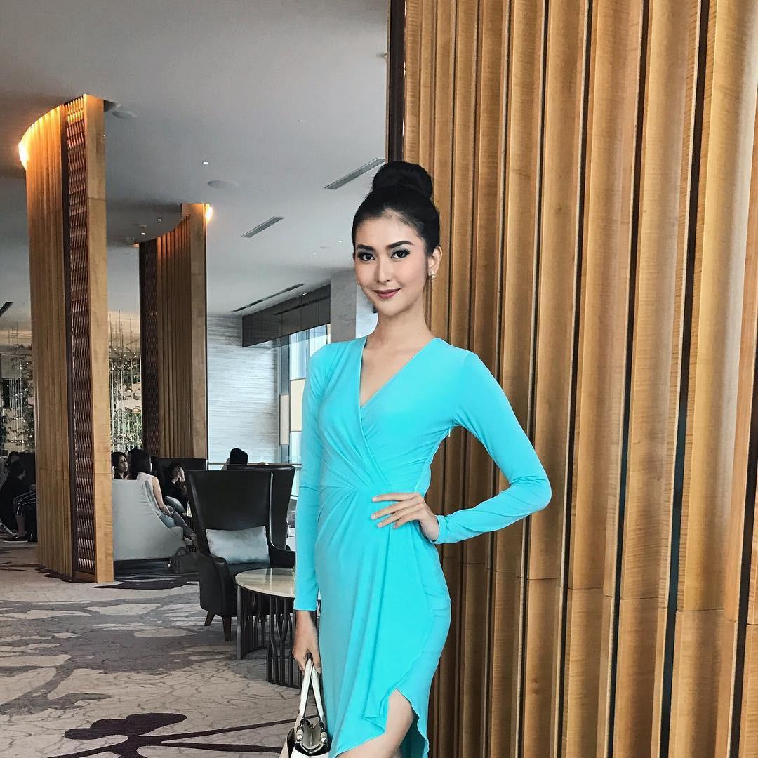 Nhan sắc xinh đẹp của đại diện Indonesia, cô gái đánh bại hơn 70 đối thủ vừa đăng quang Miss International 2017 16