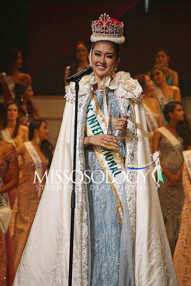 Hình ảnh Nhan sắc xinh đẹp của đại diện Indonesia, cô gái đánh bại hơn 70 đối thủ vừa đăng quang Miss International 2017 số 5