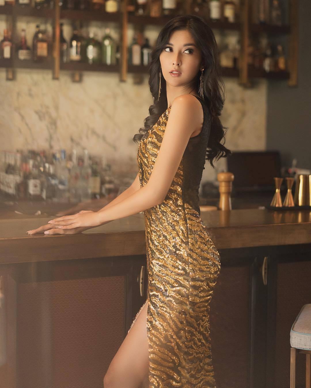 Nhan sắc xinh đẹp của đại diện Indonesia, cô gái đánh bại hơn 70 đối thủ đăng quang Miss International 2017 - Ảnh 11.