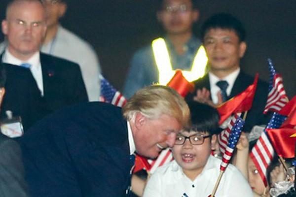 Hình ảnh Sự thật bất ngờ về những ngày Tổng thống Donald Trump ở Việt Nam dự APEC số 4